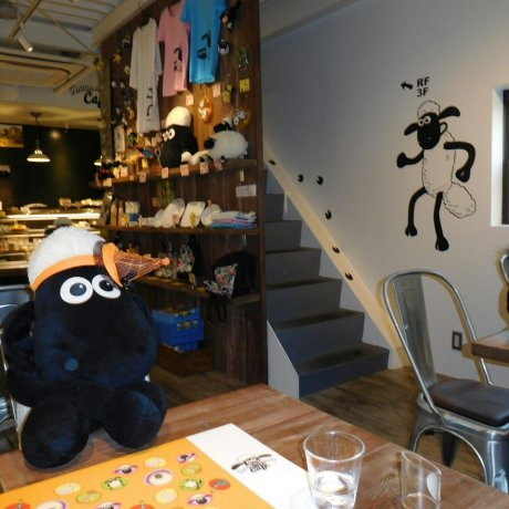 Kafe Shaun the Sheep di Osaka